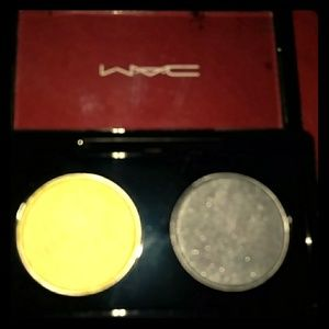 Mac double feature 2 eye shadow